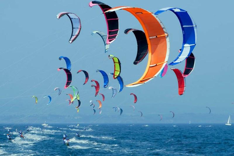 Картинки по запросу Международный фестиваль кайтсерфинга в Испании (International Kite Festival)