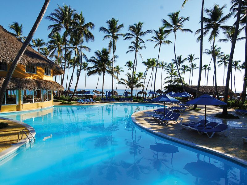 big_swimming-pool-hotel-barcelo-dominican-beach25-10324