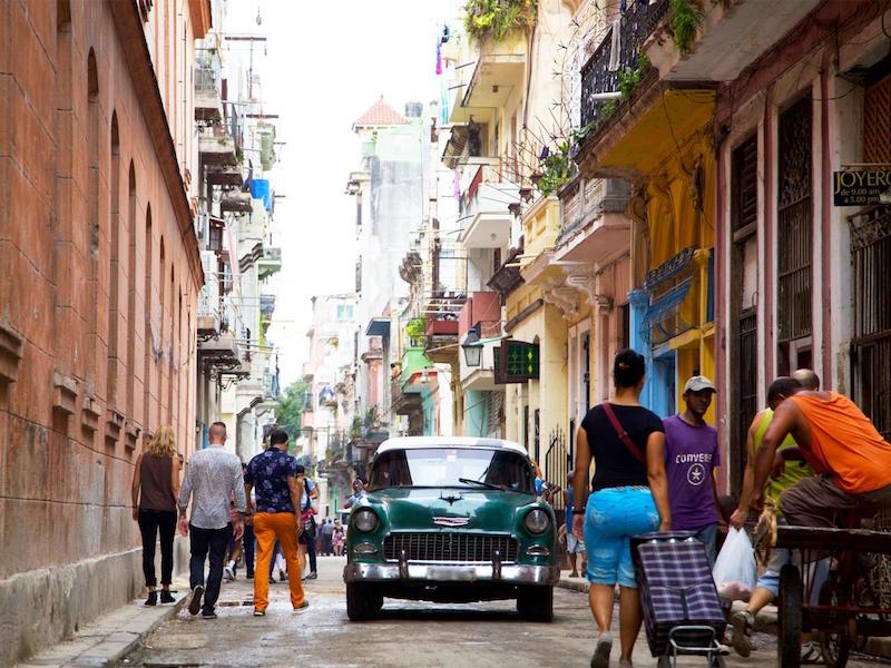 narrow-street-havana-cuba.jpg.rend_.tccom_.1280.960