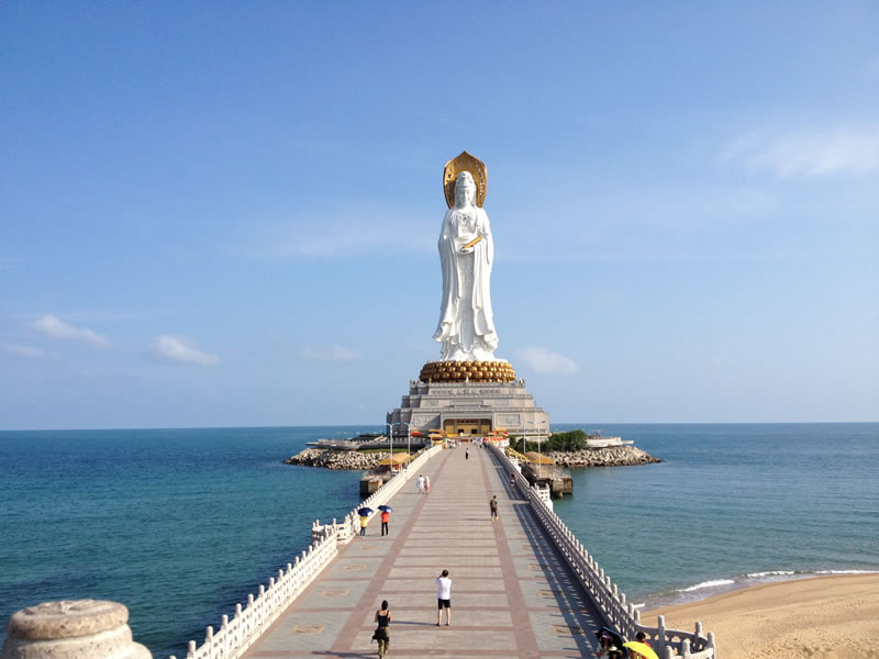 Guan-Yin-of-the-South-Sea-5-Biggest-Outdoor-Statues-In-The-World
